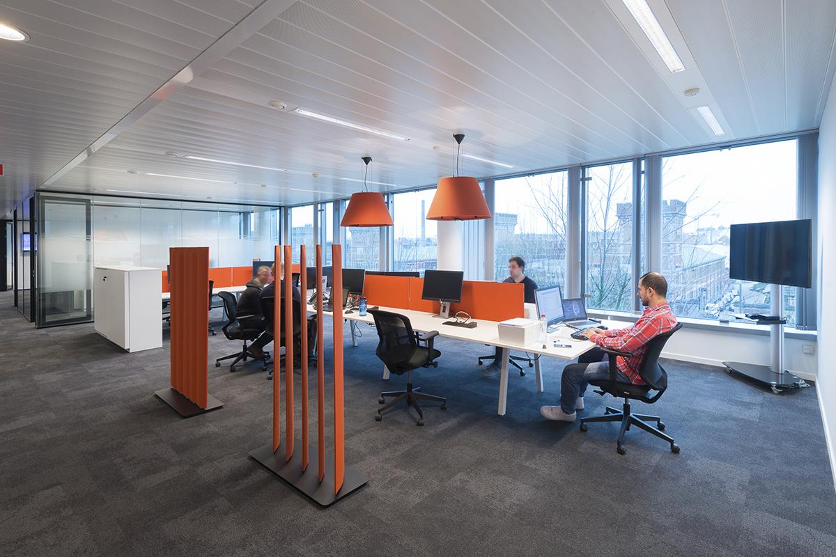 Voor een mooie en inspirerende kantoorinrichting vwc groep for Inrichting kantoor