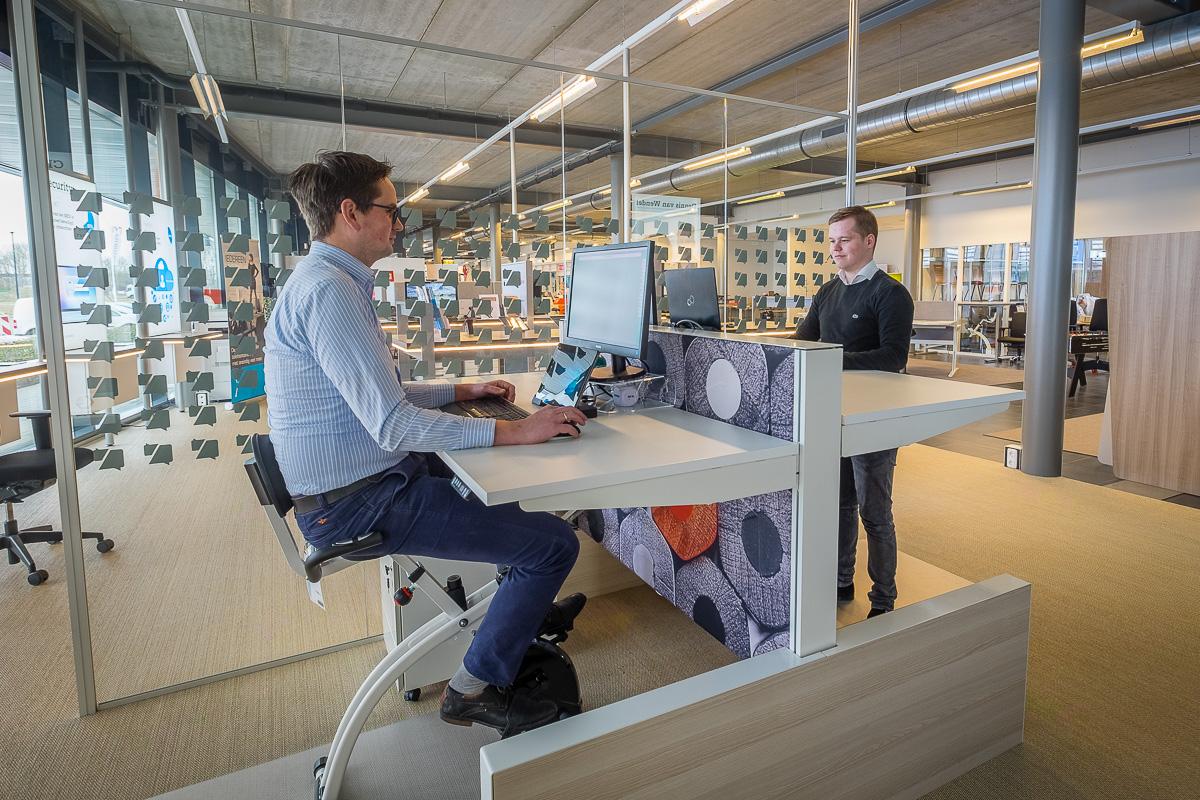 Modern Kantoor Interieur : Tips voor een modern kantoor vwc groep